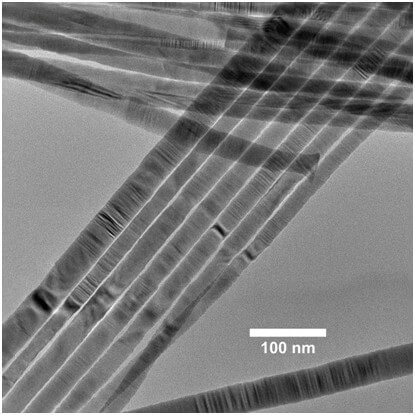 TEM Of High Quality CdSe Nanowires